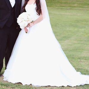 David's Bridal Tulle Strapless Ballgown